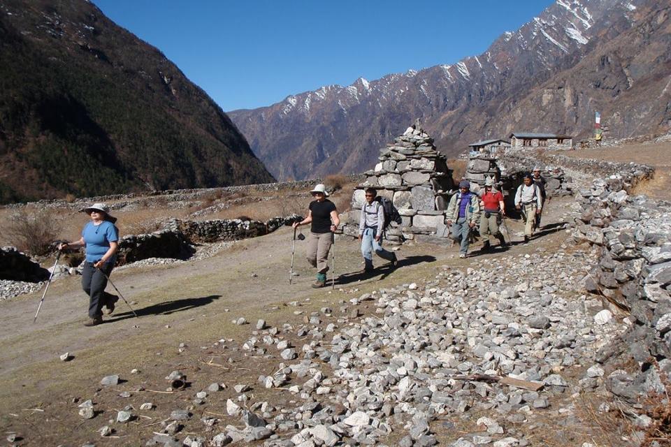 Langtang Yala Peak Climbing with Gosaikunda and Helambu Trek