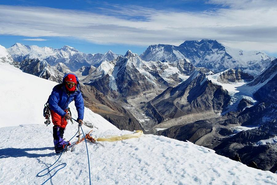 Baruntse Expedition with Mera Peak Climbing