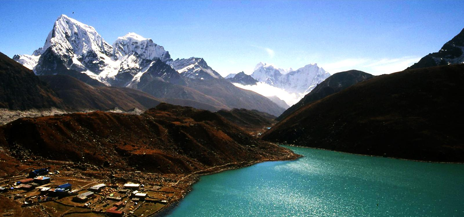 EBC Trek via Gokyo Cho-La Pass Trek