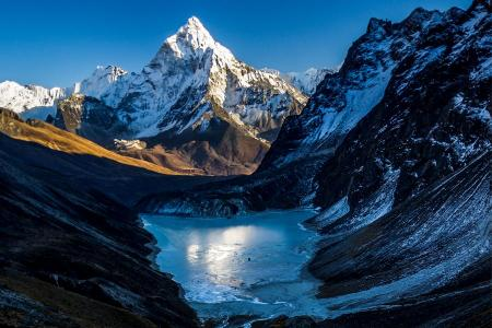 Ama Dablam Base Camp Trek - Everest region