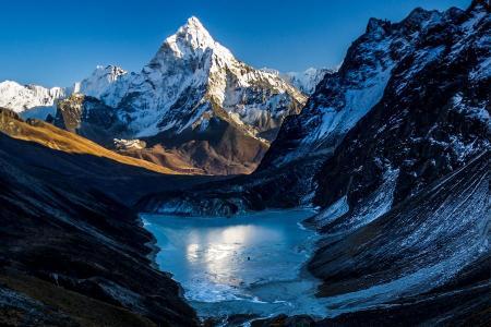 Ama Dablam Base Camp Trek - Everest region